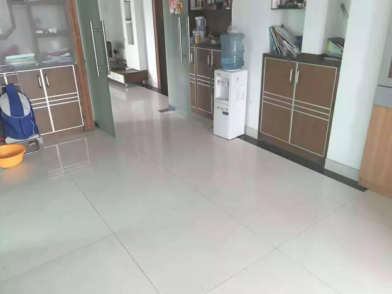 笋 东山口金铭轩 大气5室3厅 220平米 仅售800万