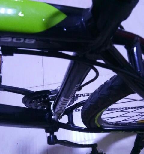 布蕾丝自行车